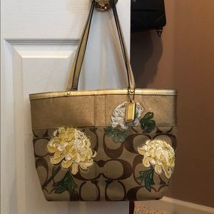 Authentic COACH pocketbook